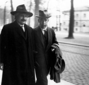 Albert Einstein y Niels Bohr